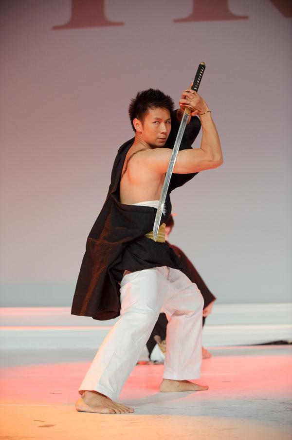 Geishas Et Yakuzas Show De Coiffure La Compagnie Seraphla